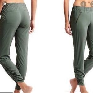 Athleta Olive Green Jogger Pants Size 12